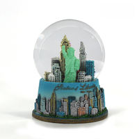 Artificial souvenir new york snow globe